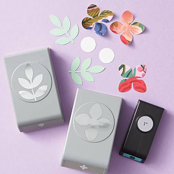 Paper Punches in floral shapes