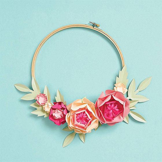 Pretty flower hoop wreath DIY kit