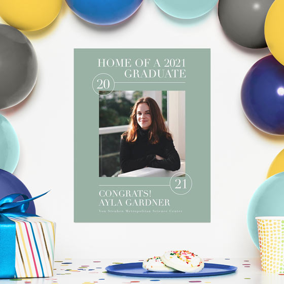 Personalized gift ideas for graduates, displaying a customized graduation sign.