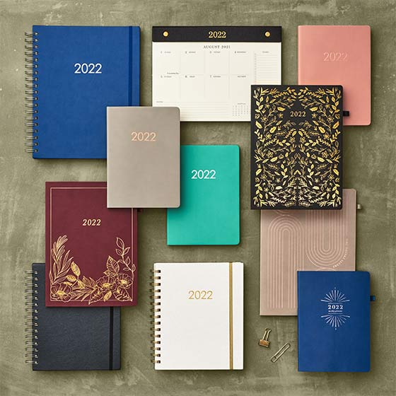 Paper Source designed collection of elegant planners and calendars.